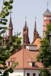The holy Mother of God, kyrkan sticker fram bakom en annan kyrka det finns en del...