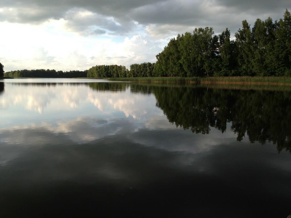Vår lilla sjö vi den lilla stugan på landet